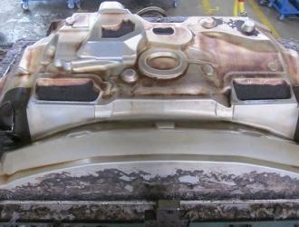 Очистка пресс-форм для пластика (фото до)
